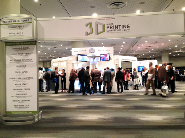 3D プリンター Postdigital時代 - 「Out of Hand」「Inside 3D Printing Conference & Expo」 | デザイン情報サイト[JDN]
