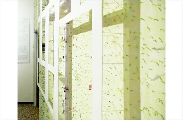 愛知産業大学 言語・情報共育センター壁面模型展示