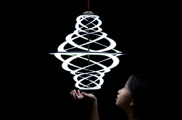 Lactea 光のオブジェ