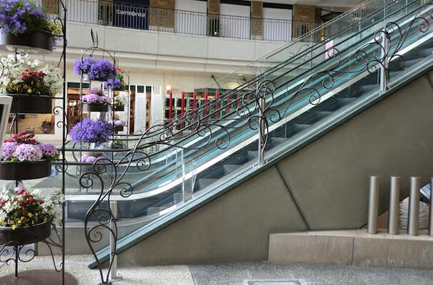 パセーラ エントランス装飾/花台/看板装飾