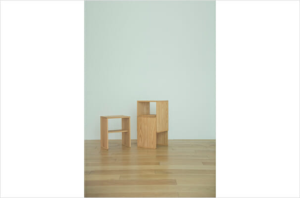 THE STACKING STOOL (2)