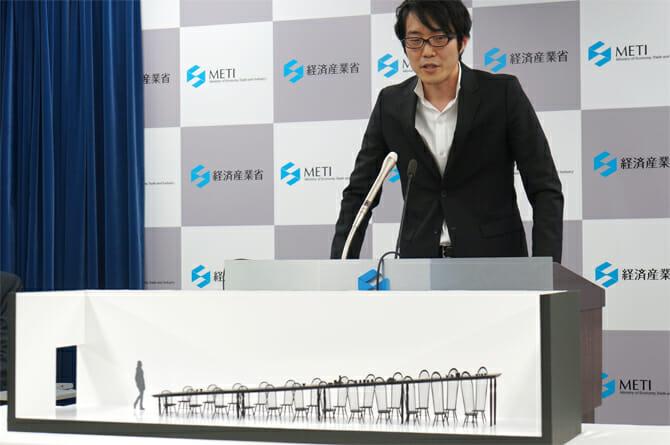 総合デザインを担当したnendoの佐藤オオキ氏