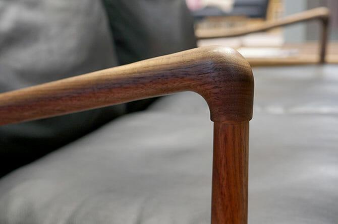 オーレ・ヴァンシャー(Ole Wanscher)「OW149 Colnial Chair」肘掛け部の手がかり