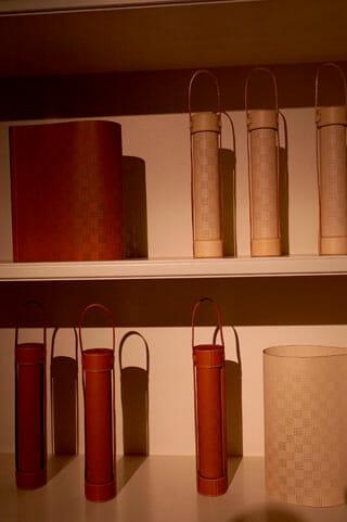 Objets Nomades、「SURFACE LAMP」Nendo