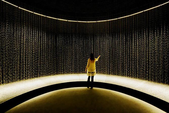 2014年のミラノで一番と評価された「LIGHT is TIME」のDGT.による「LIGHT in WATER」がパリで5月末まで (4)
