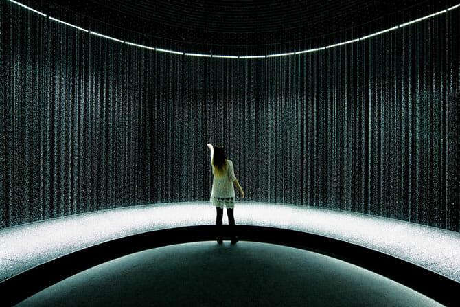 2014年のミラノで一番と評価された「LIGHT is TIME」のDGT.による「LIGHT in WATER」がパリで5月末まで (5)