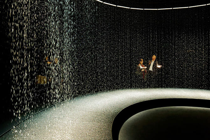 2014年のミラノで一番と評価された「LIGHT is TIME」のDGT.による「LIGHT in WATER」がパリで5月末まで (9)