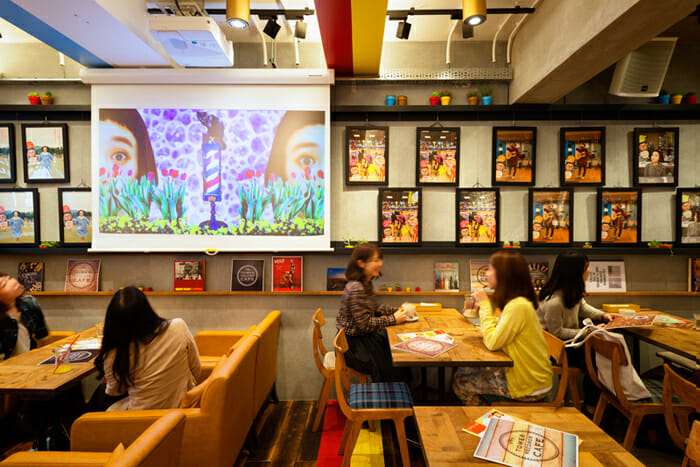 TOWER RECORDS CAFE 表参道店 (6)
