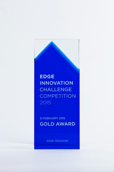 EDGE trophy (3)
