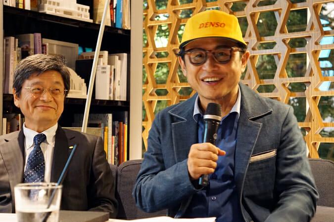 記者会見後のトークセッションではデンソーの帽子を着用