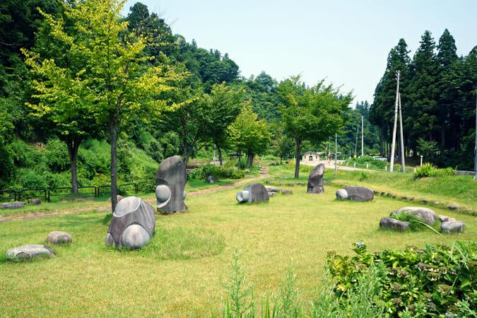 石の魚たち/荻野弘一