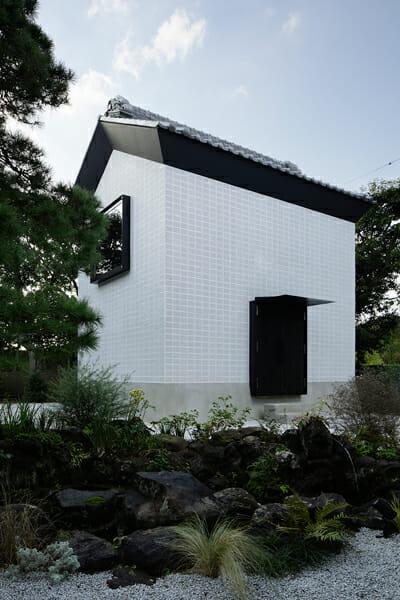 Rebirth House (3)