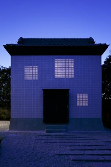 Rebirth House (8)