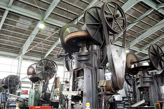 日本のものづくりの宝が一挙公開、68の工場を見学・体験「燕三条 工場の祭典」(2)