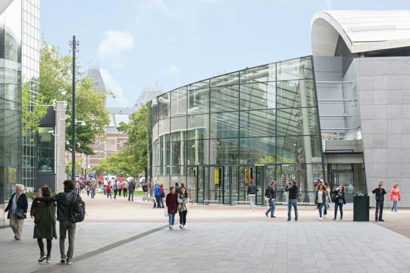 ゴッホ美術館に新しいエントランスがオープン、12万5千本のひまわりを使った迷路園もお披露目