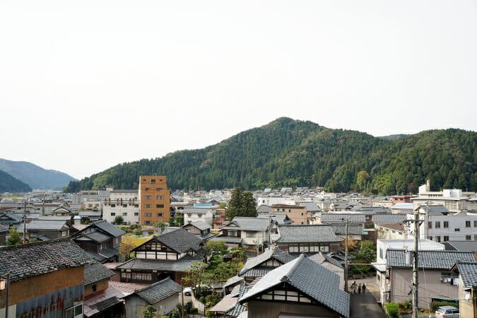 福井県鯖江市の東部に位置する河和田(かわだ)地区