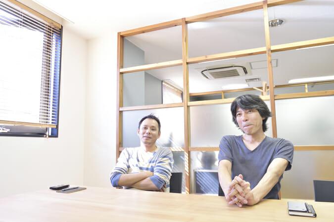 「wipe」の鍋島貴氏(左)と寺岡万征氏(右)