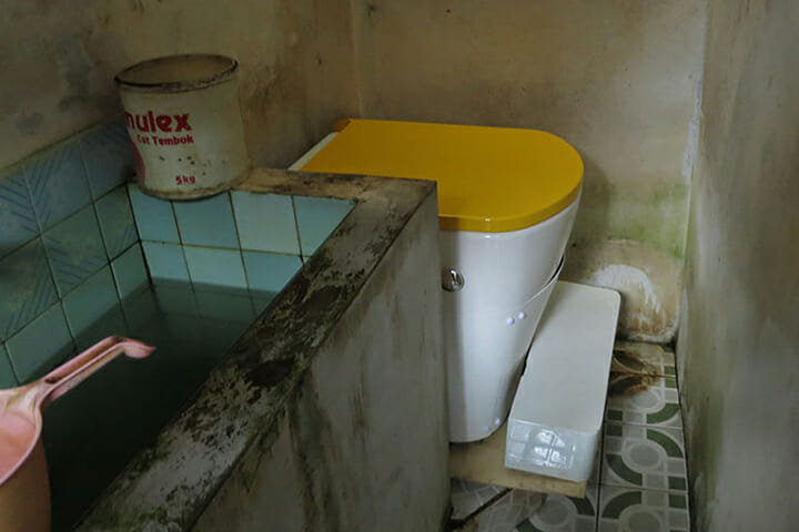 Deposit Toilet Project (3)