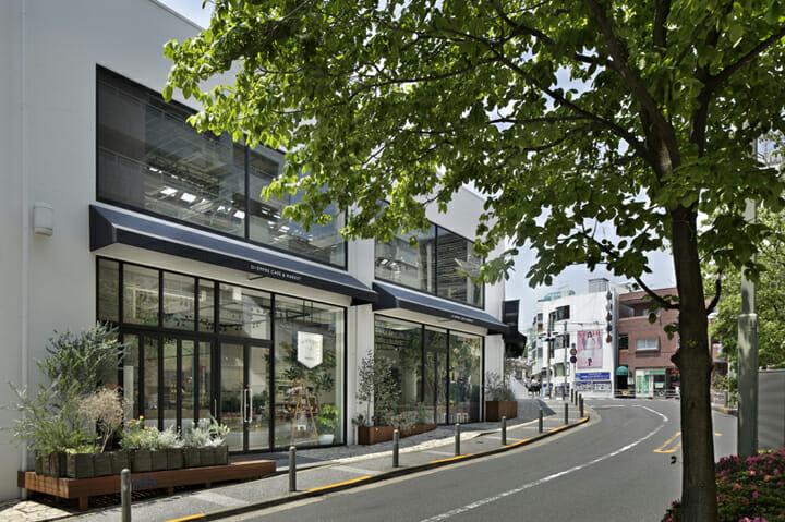 SI・EMPRE CAFE & MARKET + PALETAS 代官山店 (4)