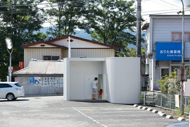 伊勢町公衆トイレ (2)