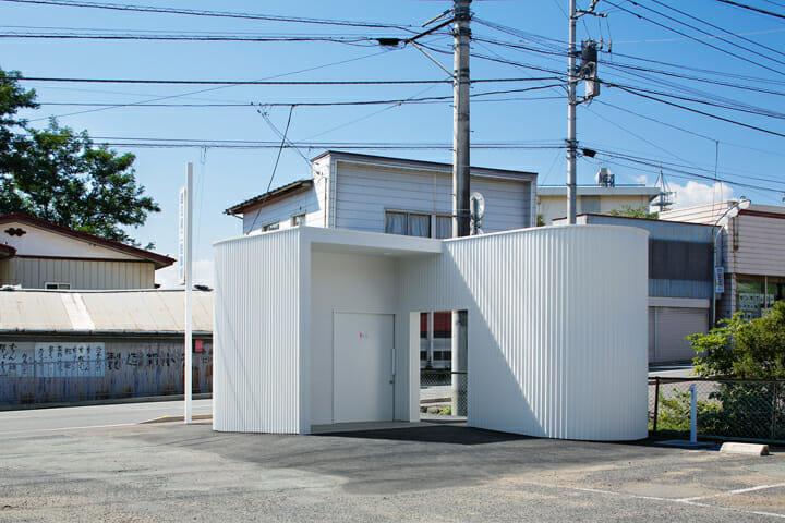 伊勢町公衆トイレ (1)