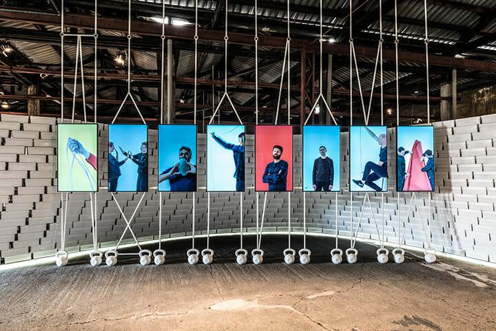 NIKEの「Nature of Motion」に参加したデザイナーは、ベルトイアン・ポット、マルティノ・ガンパー、クララ・フォン・ツバイベリク+シェーン・シュネック、マックス・ラム、リンゼイ・アデルマン、グレッグ・リン、エンリカ・カヴァルザン+マルコ・ザヴァノ、セバスチャン・ロングの8組