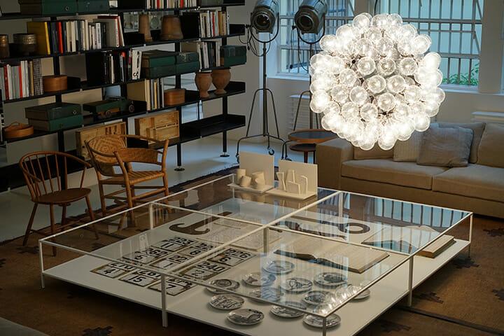 アンティーク家具も並ぶDe Padvaの新ショップ