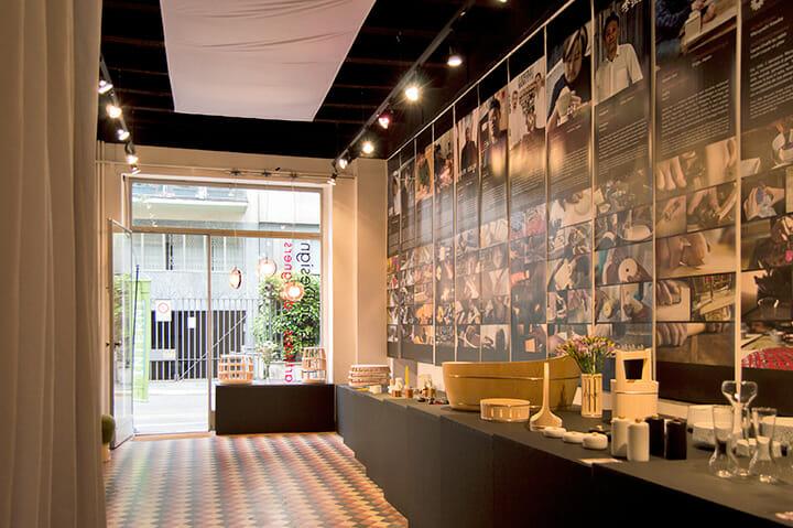 日本とイタリアの伝統工芸メーカーとデザイナーをつなぐHands on Design、安積朋子氏、菰田和世氏、伊藤節+志信氏、前田邦子氏、椎名香織氏などが参加