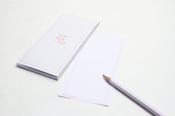 Letter Pad/MINA-TOのロゴが入った一筆書きに最適な縦型のレターパット