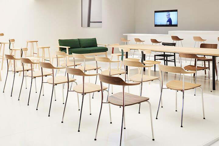日本の家具メーカーとして初めてホール16に出展したマルニ木工、Photography: Nacása & Partners Inc.