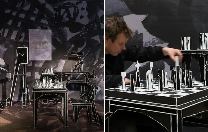 「Protopunk」のチェスボードで実際にプレイしているKiki & Joostのヨースト・ファン・ブレイズウィック。黒と白の対比で成立するゲーム盤、駒のすべても平滑な鉄板からできている