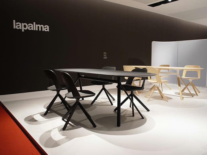 LaPalmaのテーブル「FORK」、脚部の分岐点となるパーツを中心に展開するテーブルシステム