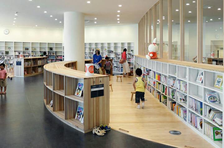南魚沼市図書館「えきまえ図書館 本の杜」 (4)