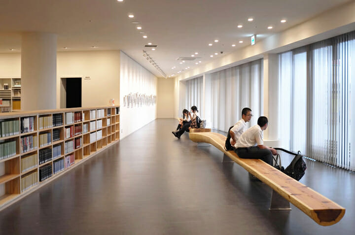 南魚沼市図書館「えきまえ図書館 本の杜」 (6)