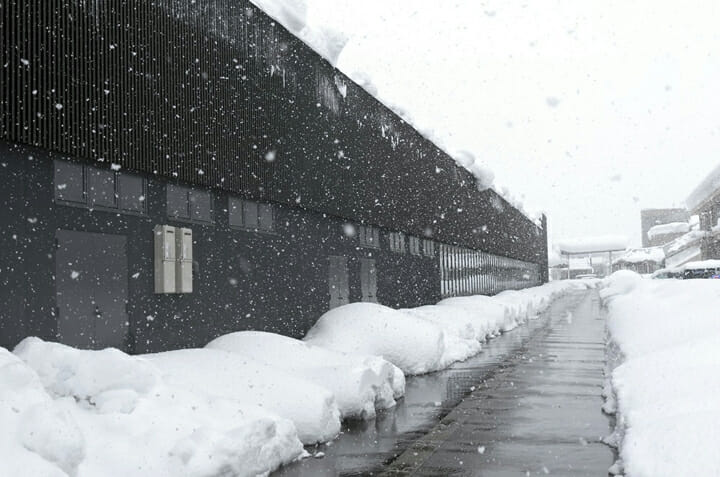 南魚沼市図書館「えきまえ図書館 本の杜」 (8)