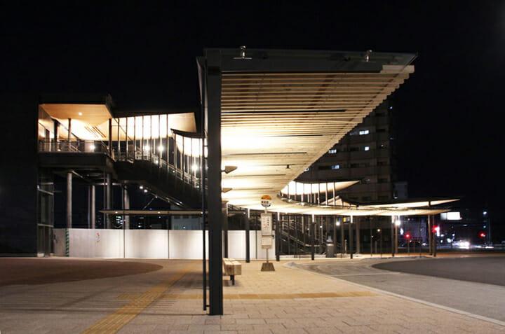 西鉄柳川駅広場 ストリートファニチャー (6)