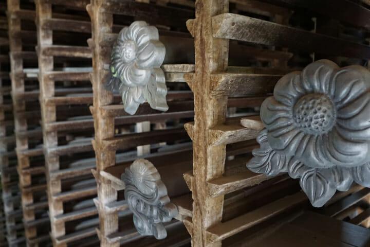 築100年以上は経っている、もともと瓦工場だった場所に作品は展示されている