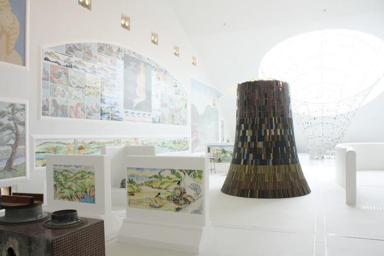 多治見市モザイクタイルミュージアム館内(4F) ©Akitsugu Kojima