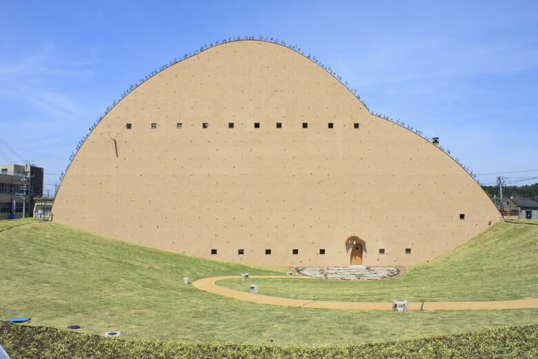 多治見市モザイクタイルミュージアム外観 ©Akitsugu Kojima