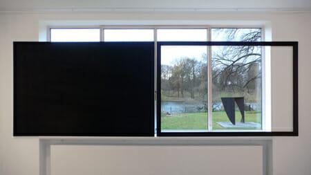 《Auf die Frage》2011 Mies van der Rohe Haus/Berlin