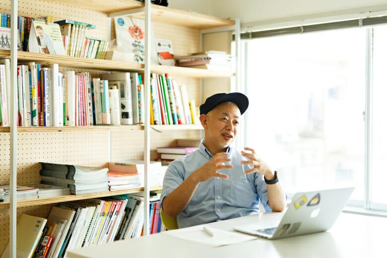 伊藤ガビン 1963年、神奈川県生まれ。コンピューターホビー誌の編集から、ゲームデザインの仕事を経て、現在はウェブサイトのディレクションや、映像制作多数。デザインチームNNNNY(nnnny.jp)のメンバーでもある。読み物サイト「モダンファート(modernfart.jp)」編集長。女子美術大学短期大学部教授。