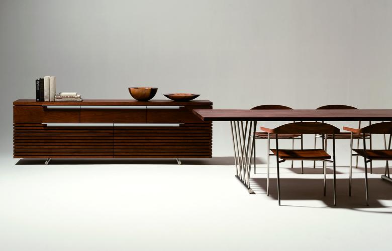 ドイツ人デザイナー、ペーター・マリーがデザインした「tosai LUX」シリーズ。異邦人が鮮やかに描き出して見せたニッポン。シンプル&ミニマムに、明瞭かつ力強い造形で表現