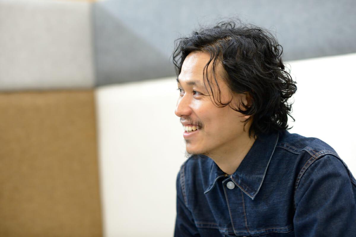 デザインされていないものをデザインする。歌詞を可視化したスピーカー「Lyric speaker」―斉藤迅(1)