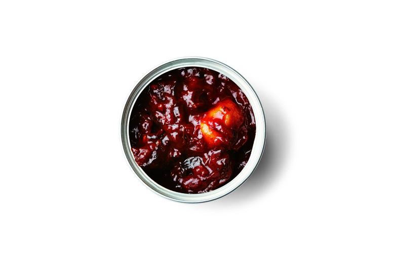 北海道産鹿肉のポワブラート (黒胡椒煮)