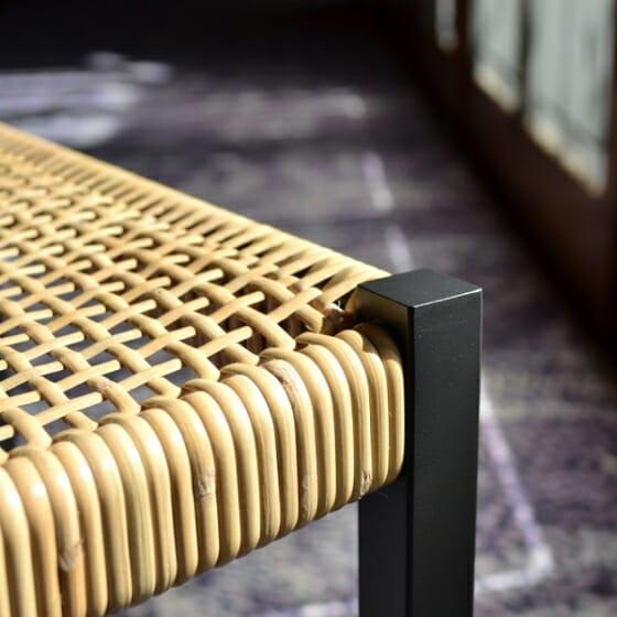 簡素な椅子 (5)