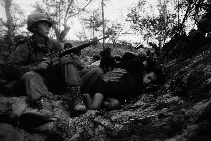 澤田教一、ダナンの南16km、1967年