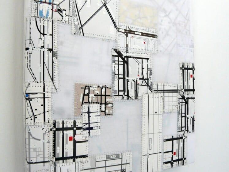 森村 誠《OTW (under construction)》[部分] 地図、修正液、糸、布 29.7 x 21.0 cm 2017 年