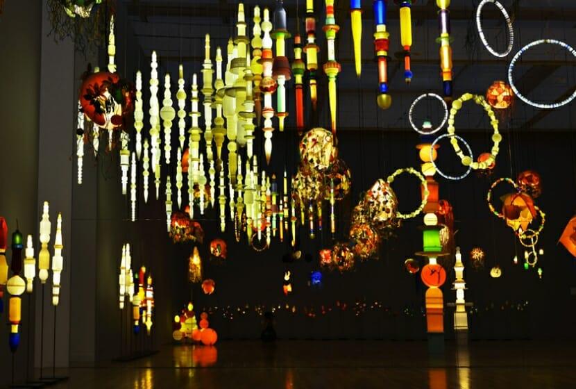 《ヨーガン レールの最後の仕事》2011-2014 「おとなもこどもも考える ここはだれの場所?」(東京都現代美術館、2015) 展示風景[参考画像]