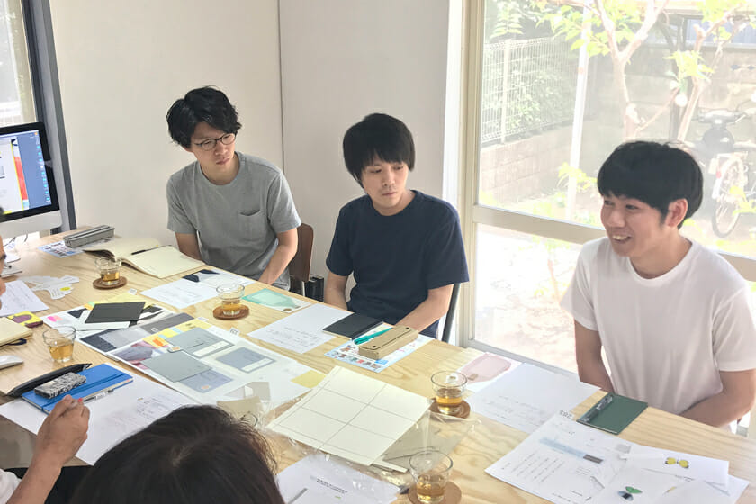 (左から)内藤繁樹さん、鈴田克弥さん、川田敏之さん