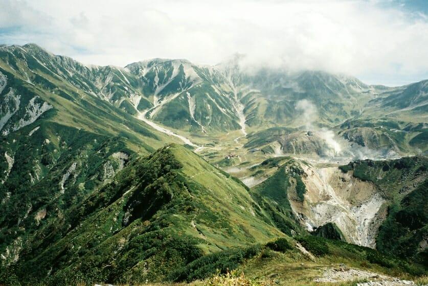 美しい山の景色を、写真に収め、集める。